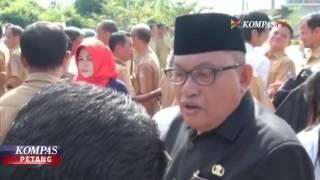 Video Tak Disiplin, PNS Habis Dimarahi Bupati MP3, 3GP, MP4, WEBM, AVI, FLV April 2019