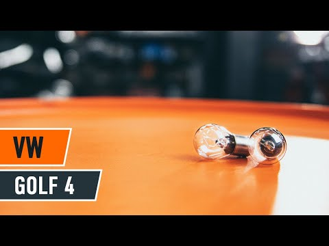 Comment remplacer des ampoules de feux arrière sur une VW GOLF 4 [TUTORIEL]