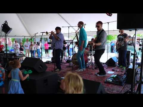 Water Cano Solo Clip - 2016 Empire Asparagus Festival - Benjaman James