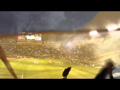 Espectacular recibimiento Tigres vs América Final Ida - Apertura 2014 - Libres y Lokos - Tigres