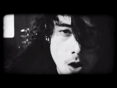 STICKY FINGERS - JUICY ONES (Official video)