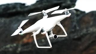 DJI Phantom 4 Pro Satın Almak İçin ▻ https://goo.gl/4xATrh Phantom 4 Pro Teknik Özellikleri ve Kamerası Öncelikle incelememize drone'un en önemli ...