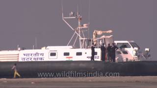 Bakkhali India  City pictures : Indian Coast Guard Hovercraft at Bakkhali, West Bengal