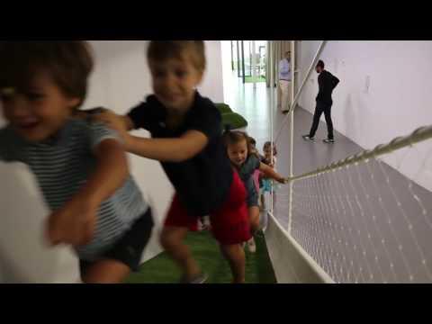 Actuación de alumnos de 5 años para clausurar el curso 16/17