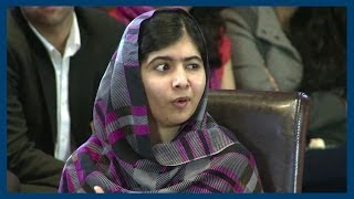 Video Malala Yousafzai | Education for All | Oxford Union MP3, 3GP, MP4, WEBM, AVI, FLV Mei 2018