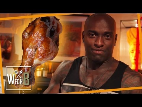 kochen - Alberto und Mert in der Küche - Heute gibt's Chickenwings á la Alberto und hilfreiche Tipps um sich fit zu halten... Hier geht's zu Albertos Channel: http://...