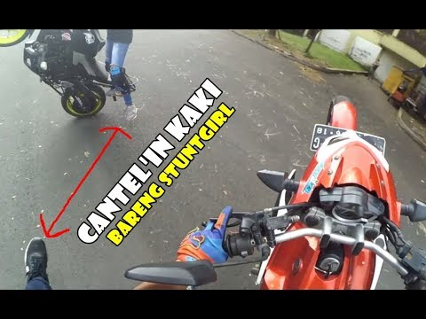 Olahraga Sore Liatin Nadije Stuntriding Pake Motor 250cc