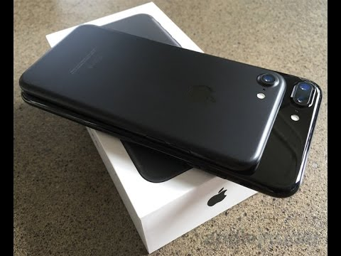 iPhone 7 Plus Unboxing with Lightning headphones by The Iphone 7 review
