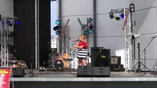 Video Molly sings Coat of many colours MP3, 3GP, MP4, WEBM, AVI, FLV Oktober 2018