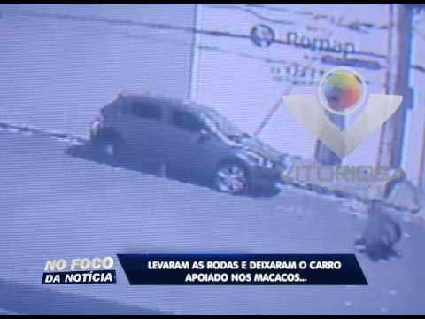 Ladrões roubam rodas de veículo em Uberlândia