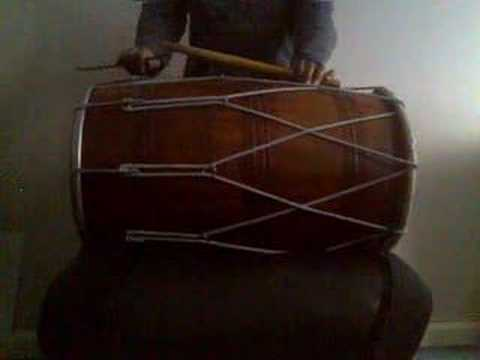 Introduction to dhol - including the 1st lesson (chaal)