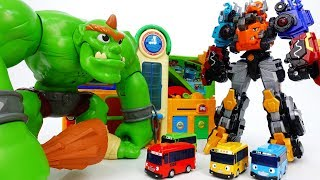 Video Go Go Dino-Core~! Defeat Monster Bugs & Giant Ogre - ToyMart TV MP3, 3GP, MP4, WEBM, AVI, FLV Desember 2017