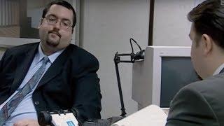 Entretien catastrophe dans la série The Office (en anglais)