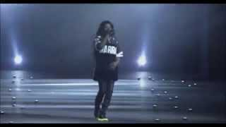 Download Lagu Azealia Banks - Heavy Metal And Reflective - Milan Fashion Show Mp3