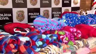 Policiais Civis arrecadam agasalhos e cobertores  e doam para entidades
