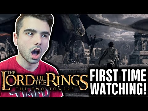 Reacting to LORD OF THE RINGS: The Two Towers (FIRST TIME WATCHING!!)