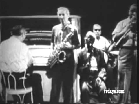 New Orleans Jazz Party - Art Ford 1958 13 Armand Hug + Eddie Miller - Buzzard´s Parade online metal music video by ARMAND HUG