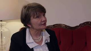 Margery Parson is a Psychodynamic Therapist who consults at at Private Therapy Clinic. In this video she explains how she came to be a therapist in the first place, why she is so passionate about psychodynamic therapy and how psychodynamic therapy works. Margery helps individuals and couples with a whole range of issues, particularly deep routed problems.