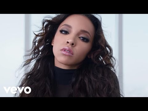 Music Video Tinashe Player ft Chris Brown