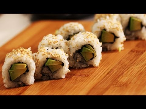 How to Make an Avocado Roll | Sushi Lessons