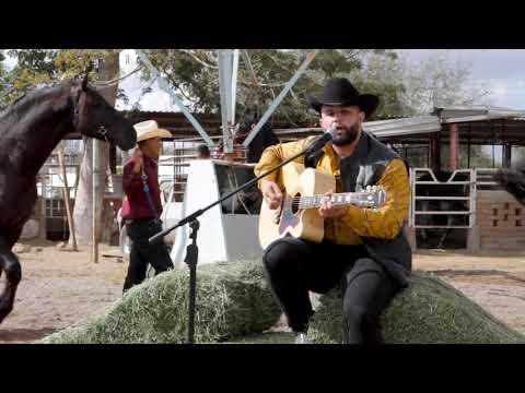 Te Vi Con El - CARIN LEON (Guitarras/Tololoche)
