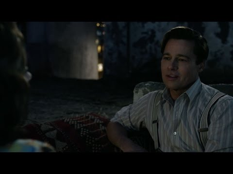 Allied (Clip 'On the Roof')