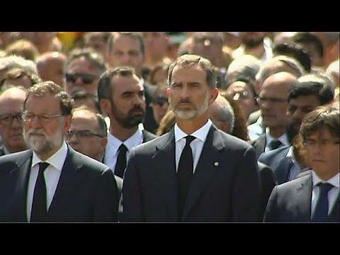 Η Βαρκελώνη στέκεται όρθια απέναντι στο φόβο: «No tinc por»