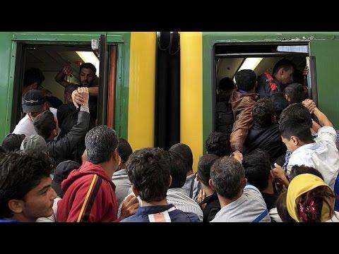 Βουδαπέστη: Εισβολή μεταναστών και σκηνές χάους στον κεντρικό σταθμό