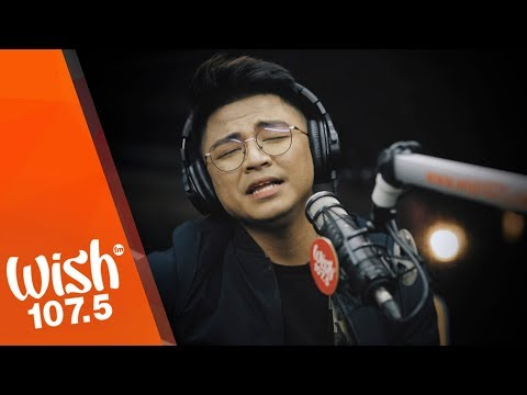 "Michael Dutchi Libranda performs ""Wala Ka Na"" LIVE on Wish 107.5 Bus"