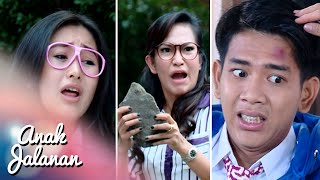 Video Ian ditimpa batu sama mamahnya Melly [Anak Jalanan] [7 Des 2015] MP3, 3GP, MP4, WEBM, AVI, FLV April 2018