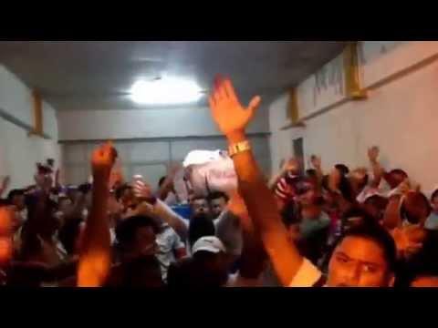 La Ultra fiel en túnel del estadio Morazan 18/10/14 - La Ultra Fiel - Club Deportivo Olimpia
