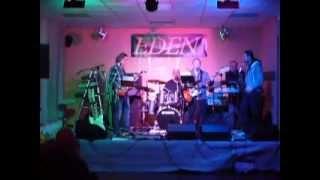 Video Tásler Pufo Band