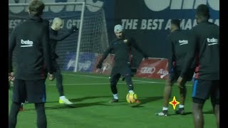 Download Video MESSI DESTROYING YERRY MINA in TRAINING !!! MP3 3GP MP4