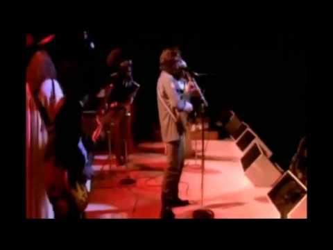 "John Lennon – ""Hound Dog"" (Extra Screechy Version!)"