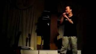 Dua Leo dien stand-up comedy - hai doc thoai - lan dau tien nam 2009