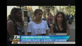 Tras atentado terrorista  Turistas y catalanes seguían conmocionados un día después del atentado terrorista en Barcelona que dejó a 13 personas fallecidas y a un centenar de heridos.