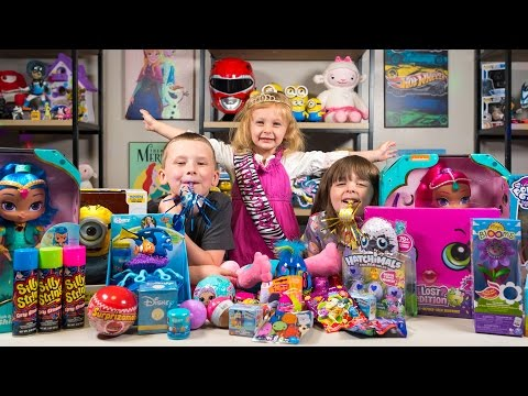 HUGE Happy Birthday Surprise Presents for Chloe Girl Toys Hatchimals My Little Pony Kinder Playtime (видео)