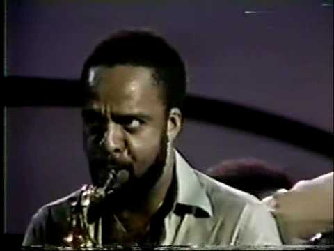 Video Grover Washington Jr. - Just The Two of Us download in MP3, 3GP, MP4, WEBM, AVI, FLV January 2017