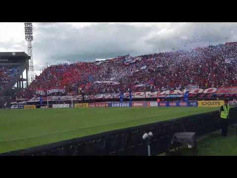 Recibimiento de la hinchada de Cerro Porteño/ Cerro Porteño vs Olimpia - La Plaza y Comando - Cerro Porteño