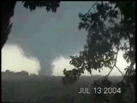 THE MOST AWESOME TORNADO FOOTAGE EVER!!! Roanoke part 1.wmv