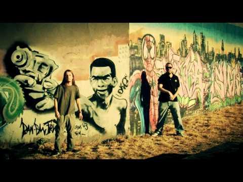 Malaka Bros – «Malaka Bros Show» [Videoclip]