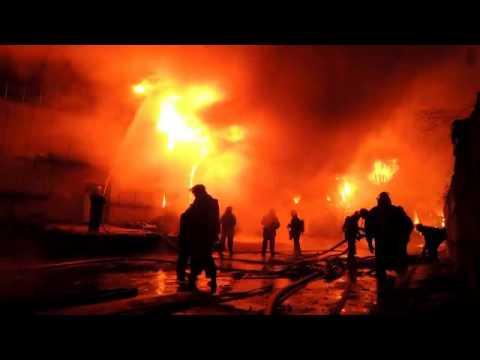 В Киеве сгорел вещевой склад Президентского полка