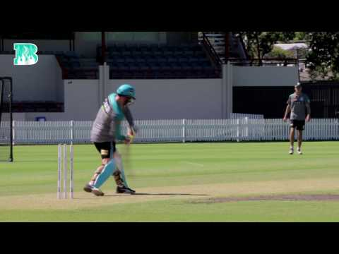 Chris Lynn and Brendon McCullum Tee Off