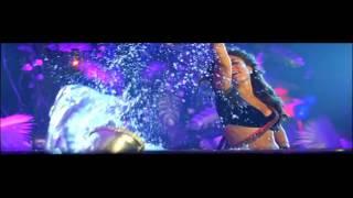 Kareena Kapoor's full dirty video song Halkat Jawani from the movie Heroine