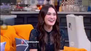 Video SULE MARAH SAMA SHANDY AULIA SAAT DISINDIR MASALAH KELUARGANYA MP3, 3GP, MP4, WEBM, AVI, FLV September 2018