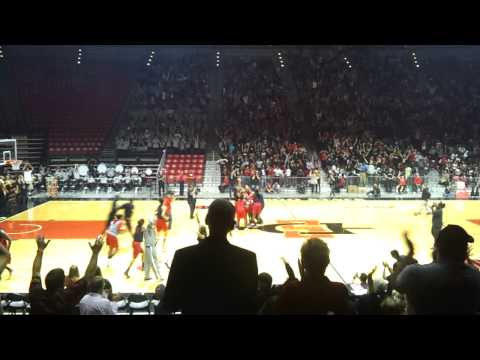 SDSU Student Sinks Half Court Shot To Win Car