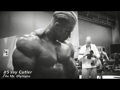 TOP 5 BODYBUILDERS IN HISTORY