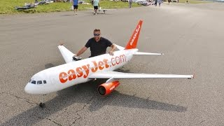 "Video GIANT RC 1/9 SCALE ""EASYJET"" AIRBUS A319 AIRLINER - ANDY LMA RAF ELVINGTON AIRSHOW - 2015 MP3, 3GP, MP4, WEBM, AVI, FLV Juni 2018"