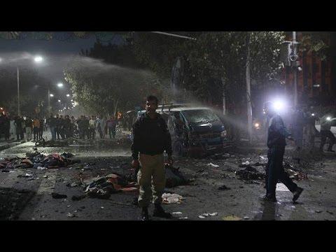 Πακιστάν: Πολύνεκρη βομβιστική επίθεση στην Λαχώρη