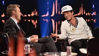 "Video Interview with Bruno Mars ""That's the hardest question anyone has ever asked me"" MP3, 3GP, MP4, WEBM, AVI, FLV Juli 2018"